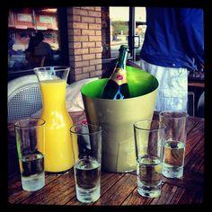 Woodbridge Brut Sparkling mimosas and brunch make a great pair. #brunch #mimosas…