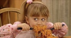 Full House, Michelle Tanner, Lifetime Movies, 90s Cartoons, It Movie Cast, 90s Kids, Meme Faces, Mood Pics, Flirting