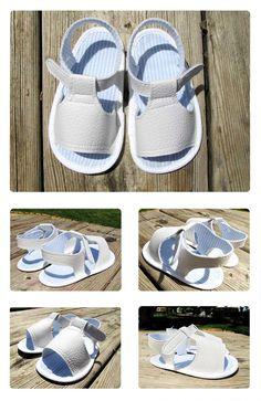 sandalia bebe blanca DIY 3 Cómo hacer unas sandalias de bebé   Modelo Blanco http://www.creativaatelier.com/como-hacer-unas-sandalias-de-bebe-2/