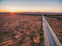 2,068 Aerial View Of The Australian Outback Stock Photos, Pictures & Royalty-Free Images - iStock Sunset Road, Mountain Sunset, Sunset Art, Sunset Colors, Drawing Sunset, Watercolor Sunset, Sunset Tumblr, Dinosaur Valley State Park, Art Sur Toile