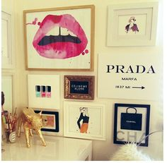 Chic wall hangings in office