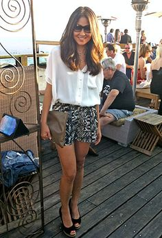 Loving how effortless, yet chic, this sheer blouse is with these patterned shorts!