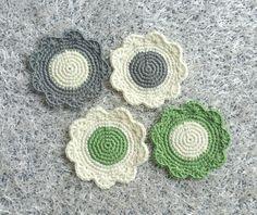 예쁜 티매트 한번 떠보시겠어요~~^^ 사부작~ 사부작~ 요래조래 떴다 풀었다하며 완성한 티코스터~~♡♡♡ ... Crochet Home, Love Crochet, Beautiful Crochet, Knit Crochet, Crochet Doily Patterns, Crochet Doilies, Crochet Flowers, Tea Coaster, Crochet Faces