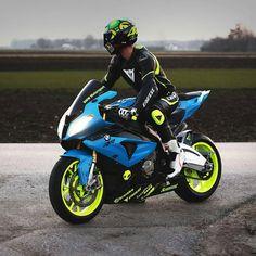 #BMW #BMWS1000RR #Motorcycle #Helmet Motorcycle helmet, BMW Motorrad, Superbike racing, History of BMW motorcycles - Follow #extremegentleman for more pics like this!