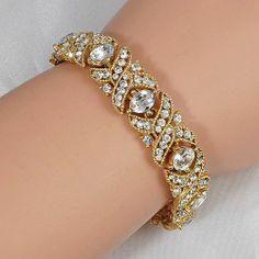 Gorgeous vintage bracelet all crystal rhinestone gold tone base