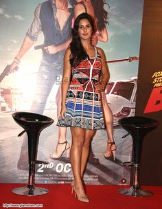 Katrina Kaif In Short Frock at Bollywood Beauties In Hot Short Frocks picture gallery picture # 9 : glamsham.com