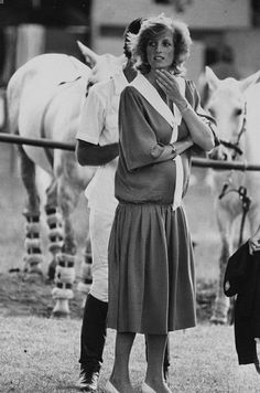 Diana Photos page 1 - RoyalDish is a forum for discussing royalty. The Danish and British Royal Families in particular, so get your snark on! Lady Diana Spencer, Real Princess, Princess Of Wales, Charles And Diana, Prince Charles, Elizabeth Ii, Princess Diana Pregnant, Polo Match, Perfect Wife