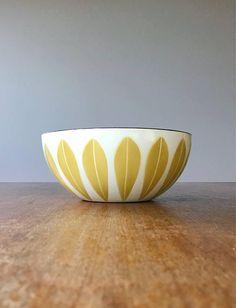 Mid Century Cathrineholm Enamel Lotus Bowl  Mustard / Gold /
