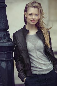Game Of Thrones Characters, Leather Jacket, Autumn, Fictional Characters, Fashion, Studded Leather Jacket, Moda, Leather Jackets, Fashion Styles