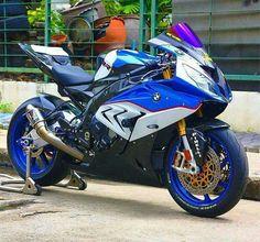 BMW S 1000 RR - (www.motorcyclescotland.com #Touring #Scotland #LoveMotorcycling)