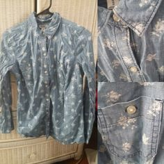 Old Navy Floral Button Up. Size XS, runs very large-- fits S/M. $5 shipped.