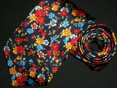 Vintage Tuttle Golf Tie Collection 100 Silk by TheTieParadise
