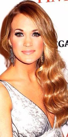 Carrie Underwood!!!!!