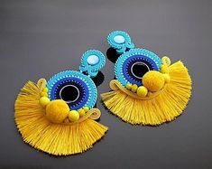 Beautiful, impressive Soutache earrings, made of Soutache strings with glass beads. Colour: turquoise, blue, navy blue and yellow. Clip On Tassel Earrings, Jewelry Design Earrings, Soutache Earrings, Ear Jewelry, Diy Earrings, Resin Jewelry, Fashion Earrings, Jewelry Art, Paper Quilling Earrings