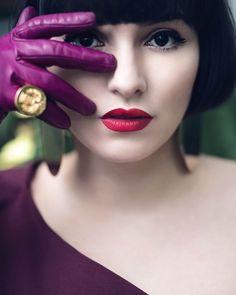 purple glove