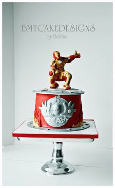 Iron Man 3 cake I made this week. First time i used modelling chocolate and I love it. I will be using this medium from now on for all my figures.