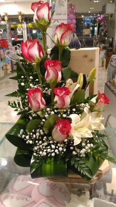 Would love it if someone would send me flowers! 2019 Would love it if someone would send me flowers! The post Would love it if someone would send me flowers! 2019 appeared first on Flowers Decor. Valentine's Day Flower Arrangements, Flower Arrangement Designs, Altar Flowers, Flower Centerpieces, Flower Decorations, Fresh Flower Arrangement, Church Flowers, Flower Vases, Beautiful Rose Flowers