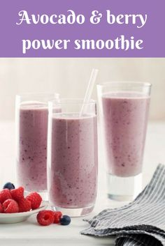 Add avocado to your everyday berry smoothie to give it a richer, creamier consistency. Perfect for breakfast on the go! Brought to you by the Taste team and Australian Avocados. Power Smoothie, Juice Smoothie, Avocado Smoothie, Ripe Avocado, Protein Shake Recipes, Smoothie Recipes, Nutribullet Recipes, Smoothie Ingredients, Protein Foods