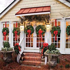 I love these Christmas wreaths