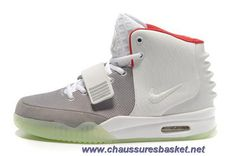 official photos e09ea 2db96 Buy Nike Air Yeezy 2 Wolf Grey Pure Platinum Glow In The Dark Lastest from  Reliable Nike Air Yeezy 2 Wolf Grey Pure Platinum Glow In The Dark Lastest  ...