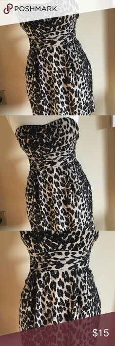 Charlotte Russe Animal Print Strapless Dress Sz M Charlotte Russe Strapless Dress Sz M Ruched Front  Animal print Zippers & Ties In back  Great Condition  Zippers in back with eyehook, but one side eyehook missing. Was purchased like that Charlotte Russe Dresses