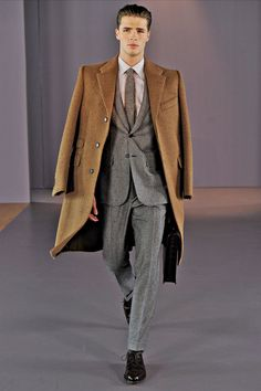 Gieves & Hawkes | Fall 2014 Menswear Collection | Style.com