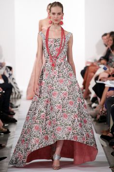Couture finish: beautiful pink lining (since the underside shows) accenting another print inspired by William Morris  --Oscar de la Renta Spring/Summer 2014 – Vogue