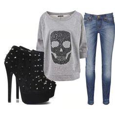 Love the skull sweatshirt!!