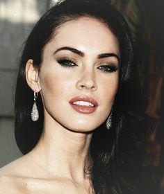 Megan Fox makeup style.