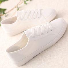 Plus Size 35-44 Classic Women Casual Shoes Solid Ladies White Canvas Shoes Female Flat Trainers Fashion Basket Femme Size 35-44