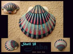 12cm - 11cm - 4cm Acryl, ink and varnish on a real ocean shell. Mostly made with a toothpick, and lots of passion, patience and love Signed on the back