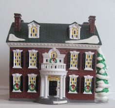 Dept 56   Snow Village's        Federal House