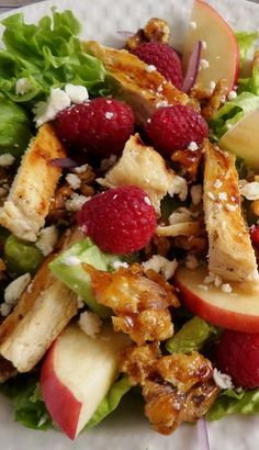 Look how beautiful fresh and healthy this salad is.....Fresh Raspberry Chicken Salad with Raspberry Vinaigrette