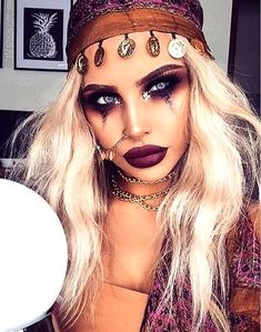 Fortune Teller or Gypsy—all about the makeup! Cool Couple Halloween Costumes, Looks Halloween, Halloween Diy, Halloween Makeup, Makeup Clown, Makeup Routine, Gypsy, Beauty Hacks, Fortune Teller
