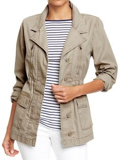 Women's Long Canvas Field Jacket from Old Navy. Cargo Jacket, Utility Jacket, Simple Wardrobe, Summer Wardrobe, Back To School Fashion, Safari Jacket, Jeans And Converse, Jackets For Women, Clothes For Women