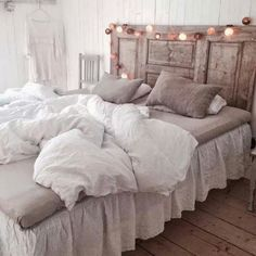 Queen's House Shabby Green Bed Sheet Sets Cotton Queen Size-Style K - Home Style Corner Bedroom Themes, Bedroom Inspo, Home Bedroom, Bedroom Decor, Green Bed Sheets, Shabby Chic Theme, Green Bedding, Bed Sheet Sets, Interior Design