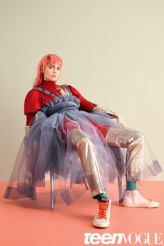 It's Grimes Time! In the April issue of Teen Vogue, Ben Toms photographs Grimes wearing We Love Colors's socks in this layered. Look Fashion, Fashion Art, High Fashion, Fashion Design, Fashion Trends, Teen Vogue Fashion, Editorial Photography, Fashion Photography, Glamour Photography