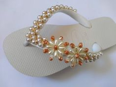 Decorating Flip Flops, Beaded Shoes, Glass Slipper, Cloth Bags, Slippers, Fashion Shoes, Beads, Sandals, Bracelets
