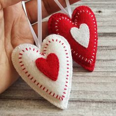 Set of Felt Christmas Heart ornaments, Red and White Valentines day decor Small Christmas decoration, set of 6 or 10 Felt Christmas Decorations, Felt Christmas Ornaments, Christmas Bells, Valentine Decorations, Valentine Day Crafts, Ornaments Design, Diy Ornaments, Beaded Ornaments, Glass Ornaments