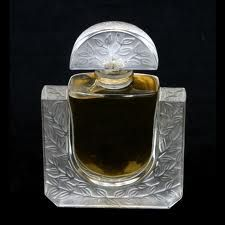lalique perfume - the smell is heaven!!