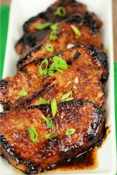 Korean Pork Chops offer an explosion of flavor that will make you love boneless pork chops again!These Korean Pork Chops offer an explosion of flavor that will make you love boneless pork chops again! Asian Pork Chops, Easy Baked Pork Chops, Crockpot Boneless Pork Chops, Pork Roast, Easy Pork Chop Recipes, Best Pork Chop Recipe, Chops Recipe, Pork Dishes, Mochi