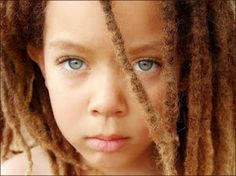 I've always liked dreads, but lately. I plan on getting dreads of my own actually, NOT my full head thou. Gorgeous Eyes, Pretty Eyes, Cool Eyes, Amazing Eyes, Gorgeous Girl, Pretty Baby, Stunningly Beautiful, Naturally Beautiful, Beautiful Children