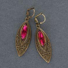 Sadie Green's Fuchsia Austrian Crystal Earring