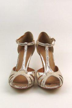 Latino by Chelsea Crew  #ShopEsLaVida #EsLaVidaNY #EsLaVidaShoes #Shoes #Fashion #NewYork #Brooklyn
