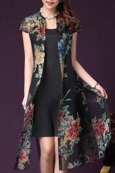Retro Plus-Size Spaghetti Tank Dress with Cap Sleeves Floral Print Long Cardigan Twinset For Women Batik Dress, Lace Dress, Dress Shirts For Women, Clothes For Women, Pencil Dress Outfit, Dress Over Pants, Casual Dresses, Fashion Dresses, Iranian Women Fashion