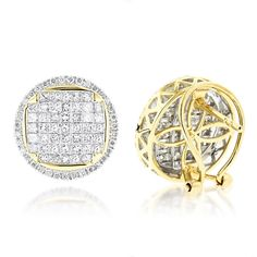 These Round Princess Cut Diamond Stud Earrings in Gold showcase carats of fabulous diamonds and a versatile circle design. These diamond earrings are available in white, yellow and rose gold. Diamond Earrings For Women, Diamond Drop Earrings, Diamond Studs, Women's Earrings, Golden Jewelry, Princess Cut, Trendy Fashion, Women's Fashion, Jewelry Box