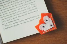 Handmade Felt Bookmarks - super cute and easy! Have fun with felt and threads.. handstich silly shapes, woodland animal, watermelon slice or WHATEVER! No sewing machine needed :)