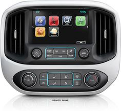 2016 Colorado available Chevrolet MyLink colour touch-screen.