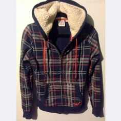 ✨ WKND SALE ✨ Roxy Plaid Hoodie Roxy brand soft fleece hoodie. Front and inside pockets, gold key zipper, and lined hood. Perfect for the chilly months! Never worn. Roxy Jackets & Coats