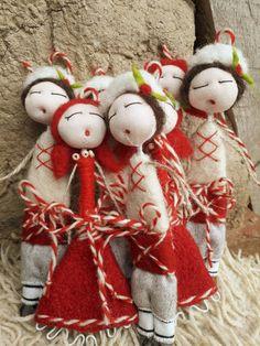 Christmas Origami, Christmas Ornaments, Baba Marta, 8 Martie, Felt Dolls, Felt Flowers, Bulgaria, Garden Furniture, A3